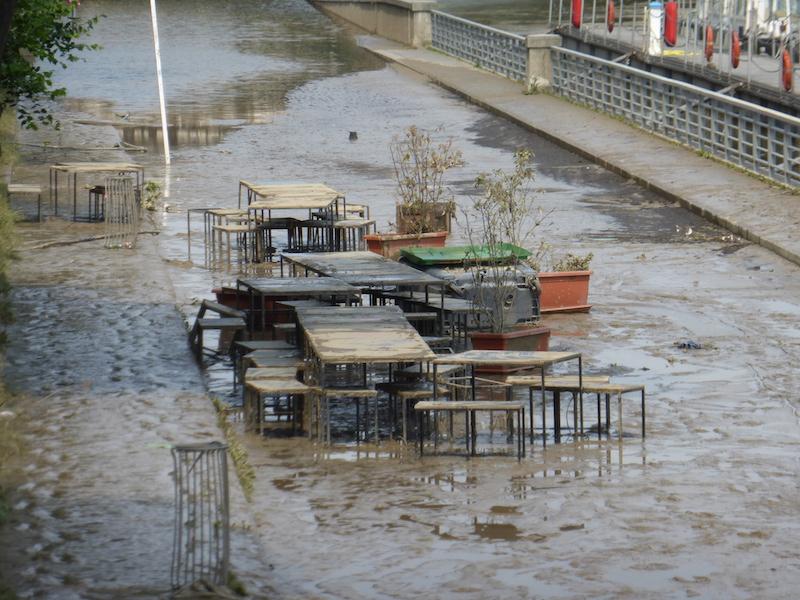 inondation-berges de Seine-8 juin-Pompei_robin-des-bois